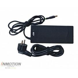 Chargeur Inmotion pour trottinette électrique Lively vu de haut