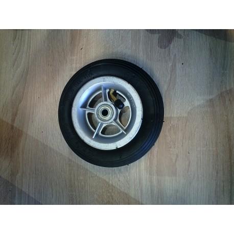 La roue gonflable vue de face